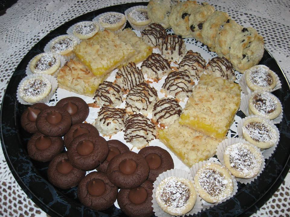 An example of the tea treat trays that can be personalized to to fit your needs.