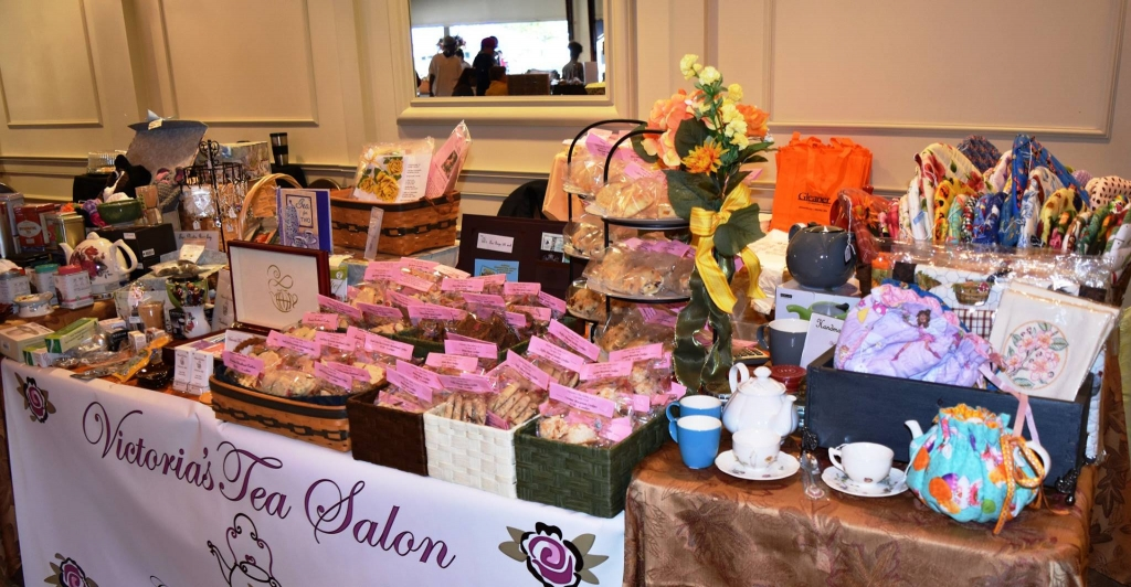 Open to the Public: A couple times a year Victoria's Tea Salon is a vendor. The next event is Growing Great Gardens which will be held on March 11, 2017. Then again this fall at Greenfield Village Farmer's Market which will be the last two Saturdays of September. (note these date are different than previous years) For more information please email Vicky at victoriasteasalon@yahoo.com